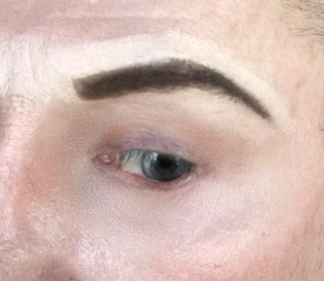 crossdresser makeup concealer above and below the brow